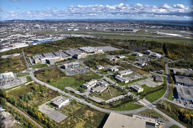 Vue à vol d'oiseau du campus Saint-Laurent du... (PHOTO FOURNIE PAR TECHNOPARC MONTRÉAL)
