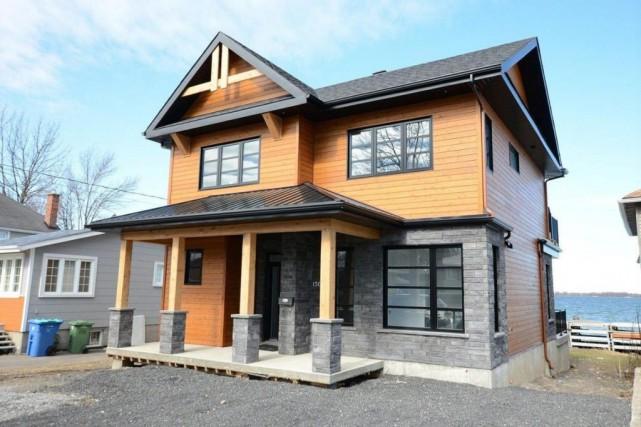 La maison neuve est située sur une parcelle... (Photo fournie par Centris)