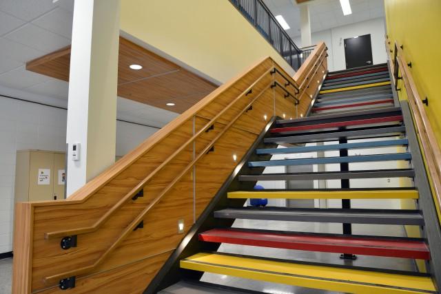 Des écoles lumineuses, accueillantes, conçues pour respecter le rythme... (Gratien Tremblay)