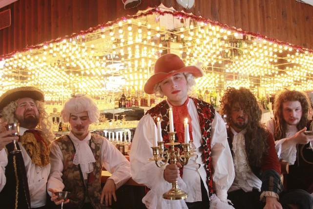 Orloge Simard lancera son nouvel album, Beuvez tousjours,... (Photo courtoisie)