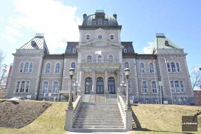 Le 25 avril prochain se tiendra, à l'hôtel de ville de Sherbrooke, un évènement... (Archives, La Tribune)