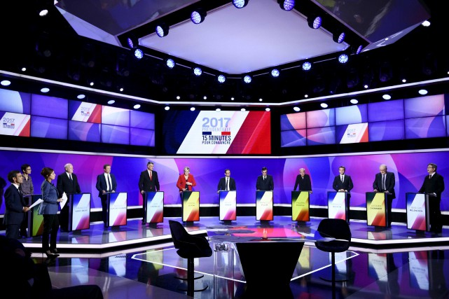 Les 11 candidats à la présidentielle française lors... (Martin Bureau, AFP)