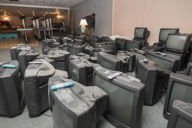 Des télévisions qui se trouvaient avant dans les... (Spectre Média, Frédéric Côté)
