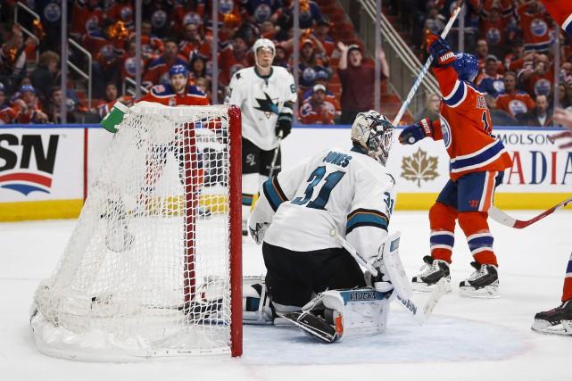 David Desharnais a marqué le but vainqueur alors... (La Presse canadienne, Jeff McIntosh)