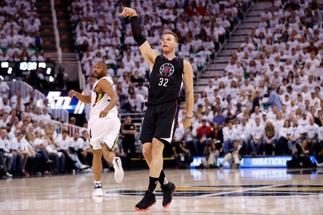 Blake Griffin (32) s'est blessé au gros orteil droit... (Photo Jeff Swinger, USA Today)