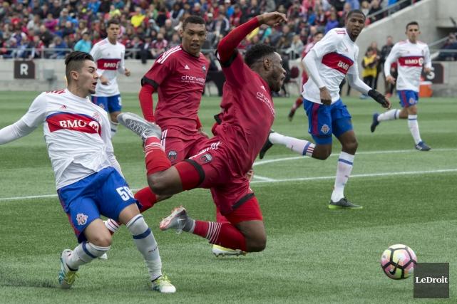 Le Fury d'Ottawa affrontait le FC II de... (Le Droit, Martin Roy)