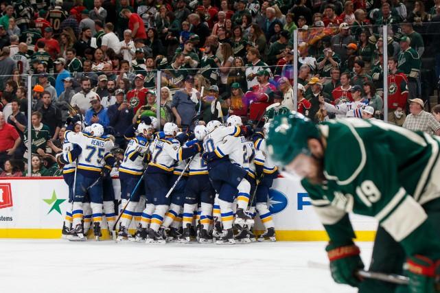Victoire en prolongation pour les Blues sur le... (Photo Brad Rempel, USA TODAY Sports)