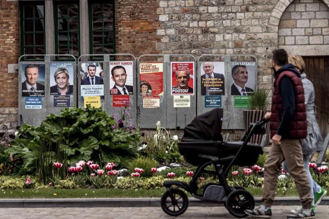 C'est jour de vote pour les Français.... (Photo PHILIPPE HUGUEN, AFP)