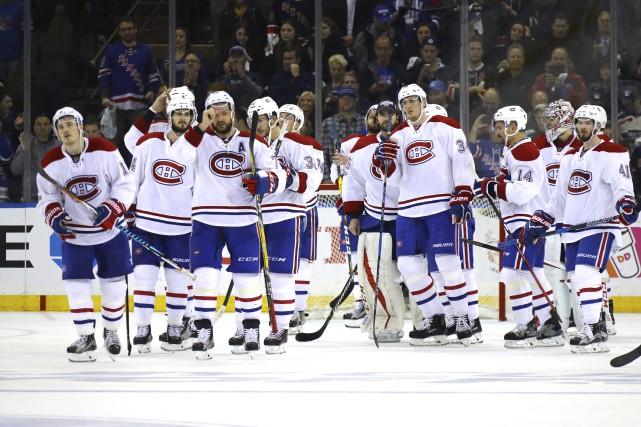 Les joueurs du Canadien avaient la mine basse... (Photo Bruce Bennett, Agence France-Presse)