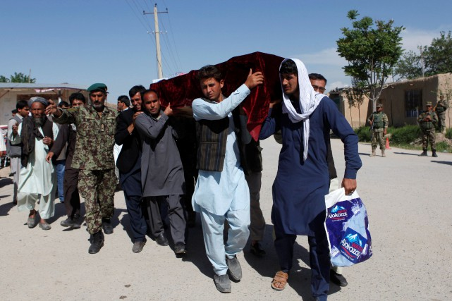 La plupart des corps ont été renvoyés aux... (PHOTO ANIL USYAN, REUTERS)