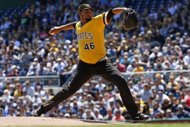 Ivan Nova a lancé sept manches contre les... (Photo (AP Photo/Gene J. Puskar))
