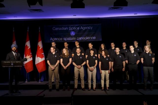 Le ministre fédéral de l'Innovation, Navdeep Bains (à... (La Presse Canadienne, Cole Burston)