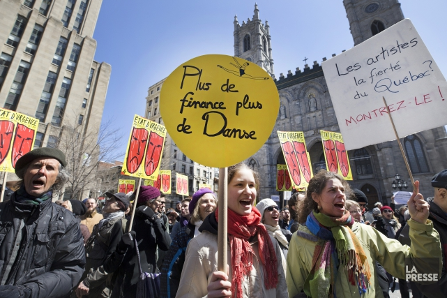 Lesorganismes présents au rassemblement réclament un «redressement immédiat»... (PHOTO ROBERT SKINNER, LA PRESSE)