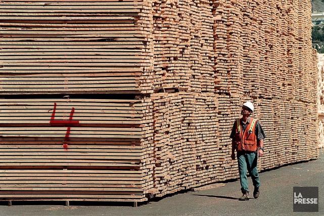 Le conflit du bois d'oeuvre, le cinquième depuis 1982, est officiellement... (ARCHIVES LA PRESSE)