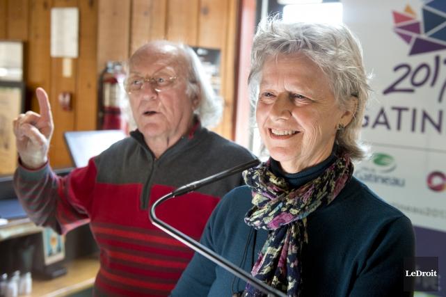 Les auteurs Guy Jean et Lise Careau ont... (Martin Roy, Le Droit)