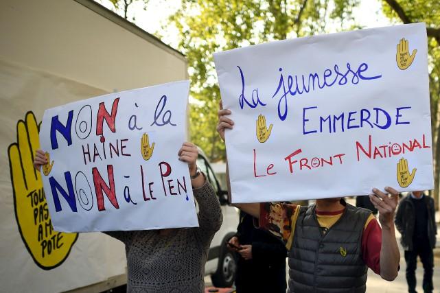Le message de ces manifestants est on ne... (AFP, Lionel Bonaventure)