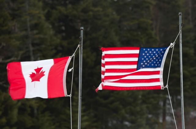 «Si le bois canadien irrite tant l'industrie et... (Archives, Agence France-Presse)