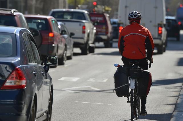 Selon notre lecteur, utiliser son vélo pour se... (Le Soleil, Yan Doublet)