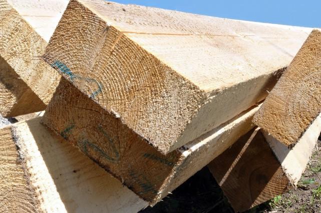 OPINION / La nouvelle crise du bois d'oeuvre, provoquée par la poussée du... (Photo 123rf)