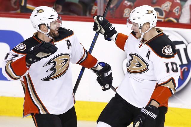 Le joueur de centre des Ducks d'Anaheim, Ryan... (La Presse canadienne, Larry MacDougal)