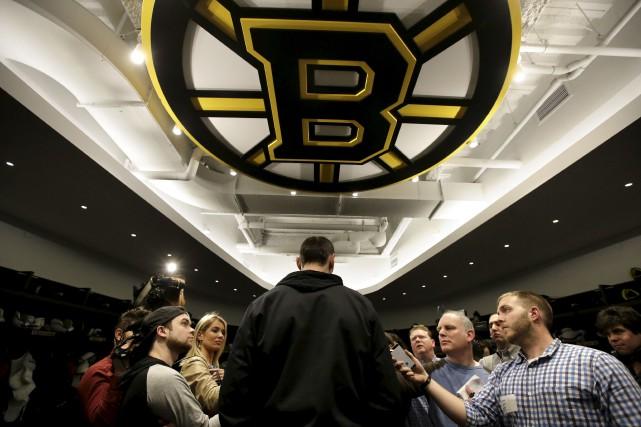 Les Bruins pourront entamer les négociations pour prolonger... (AP, Steven Senne)