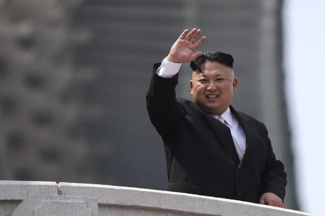 Le leader nord-coréen Kim Jong-Un... (Archives AP)