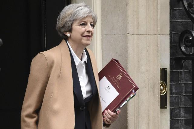 La première ministre britannique Theresa May rencontre mercredile... (Archives AFP, Oli Scarff)