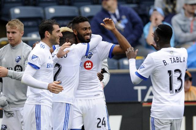 Anthony Jackson-Hamel (24) a marqué trois buts lors... (Photo Michael Perez, AP)