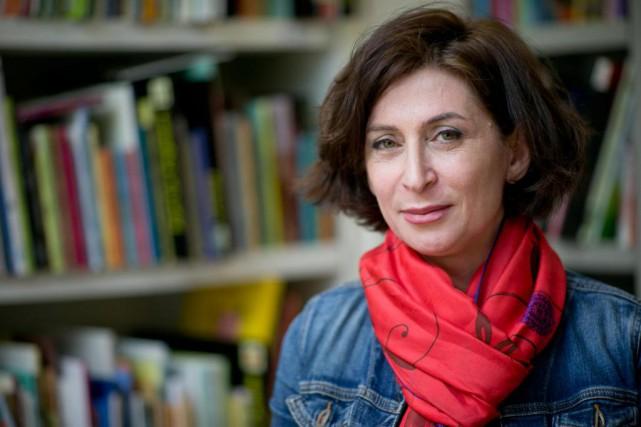 L'écrivaine Parisa Reza vient de publier son deuxième... (PHOTO DAVID BOILY, LA PRESSE)