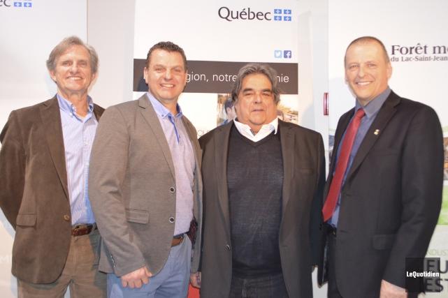 Serge Harvey, Mario Bilodeau, Édouard Robertson et Gilles... (Photo Le Quotidien, Louis Potvin)