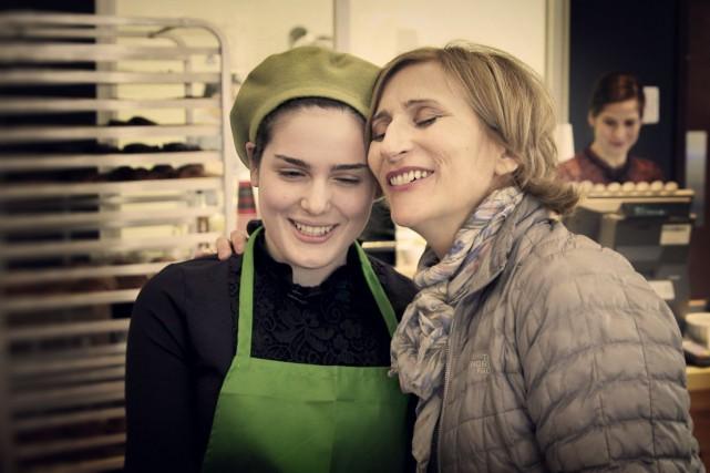 La boulangère Rachel Oddo et la soprano Nathalie... (Photo fournie par Télé-Québec)