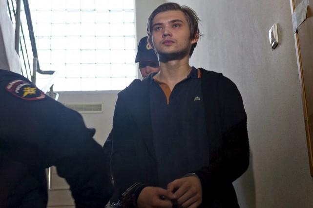 Rouslan Sokolovksi, 22 ans, risque jusqu'à sept ans... (AP, Vladimir Zhabrikov)