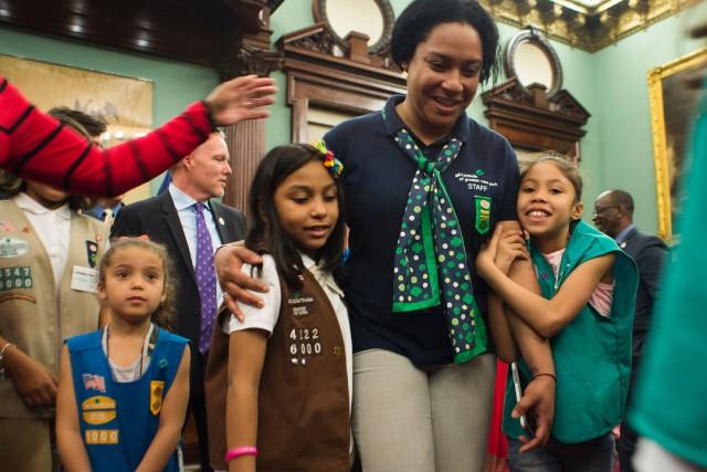 C'est Giselle Burgess, une mère célibataire de cinq... (PHOTO DON EMMERT, AFP)