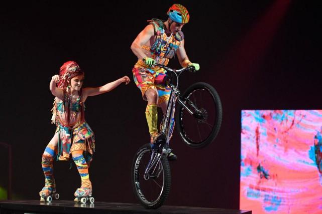 Saut à l'élastique, parkour, vélo acrobatique, fil de... (PHOTO BERNARD BRAULT, LA PRESSE)