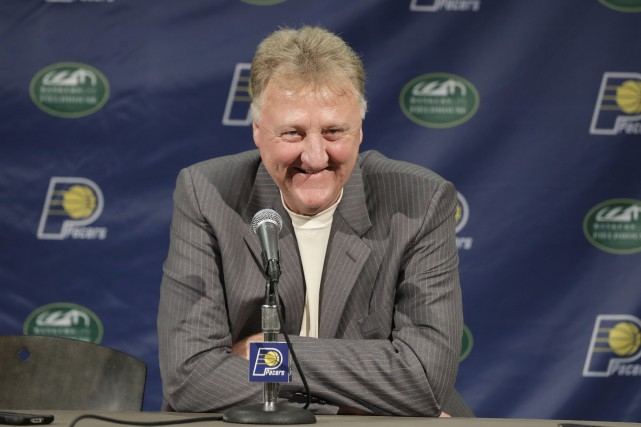 Larry Bird... (Photo Darron Cummings, archives AP)