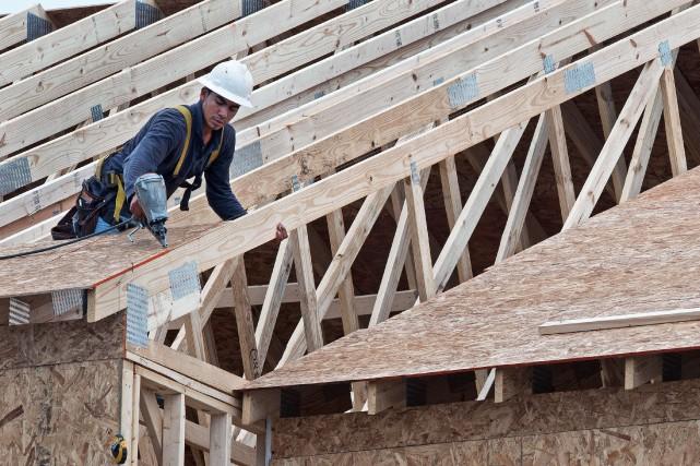 Alors que les conventions collectives de l'industrie de la construction... (PHOTO ARCHIVES AFP)