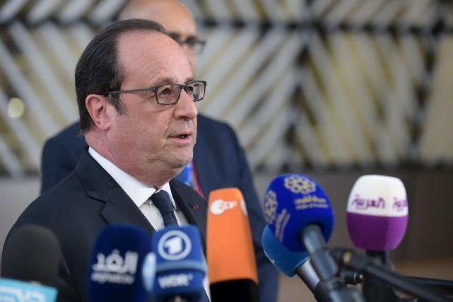«Le 7 mai, on prend le bulletin Macron... (AFP, John Thys)