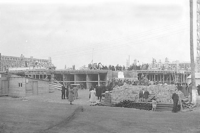 Construction de l'Externat Saint-Jean-Eudes, en 1938, qui deviendra... (Archives des Eudistes de Charlesbourg)