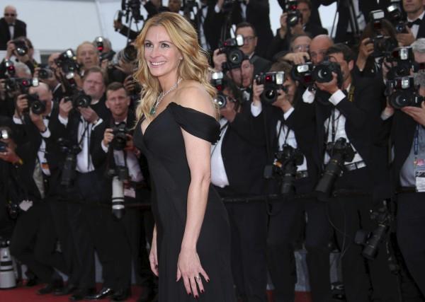 Julia Roberts a été nommée la femme la... (AP, Joel Ryan)