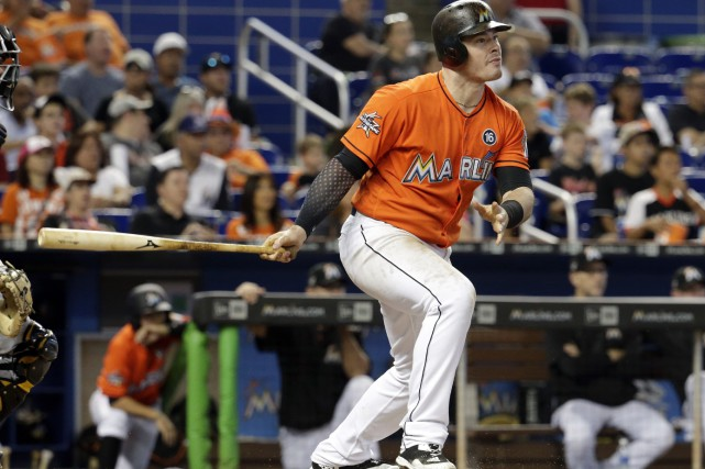 Justin Bour a connu un grand match pour... (Photo Lynne Sladky, AP)