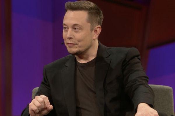 Avec Elon Musk, le ton est toujours calme,... (Saisie d'écran, conféfrences TED)