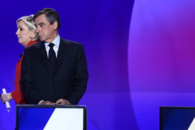 Marine Le Pen a repris les mots prononcés... (AFP, Martin BUREAU)