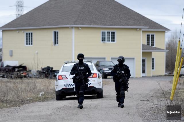 Les policiers de Saguenay sont intervenus lundi vers... (Photo Le Quotidien, Jeannot Lévesque)