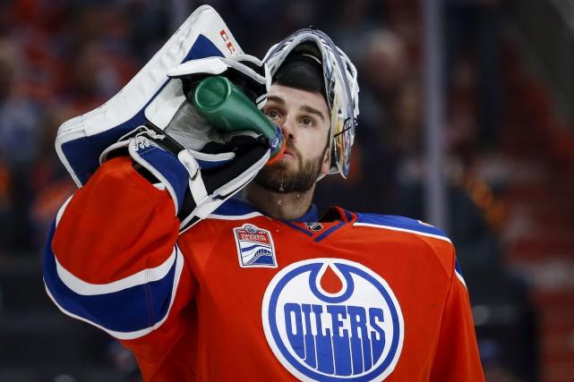 Le gardien des Oilers d'Edmonton, Cam Talbot, n'a... (La Presse canadienne, Jeff McIntosh)