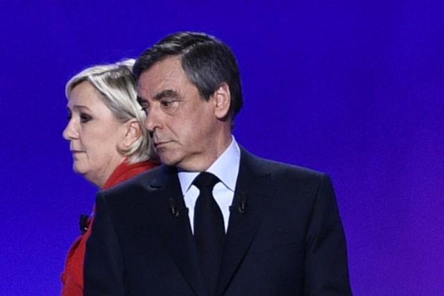 Marine Le Pen et François Fillon... (AFP, Martin BUREAU)