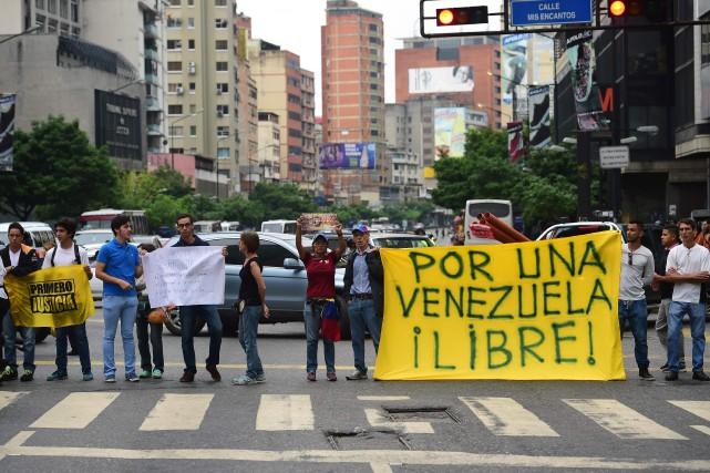 Une manifestation à Caracas.... (Photo Ronaldo Schemidt, Agence France-Presse)
