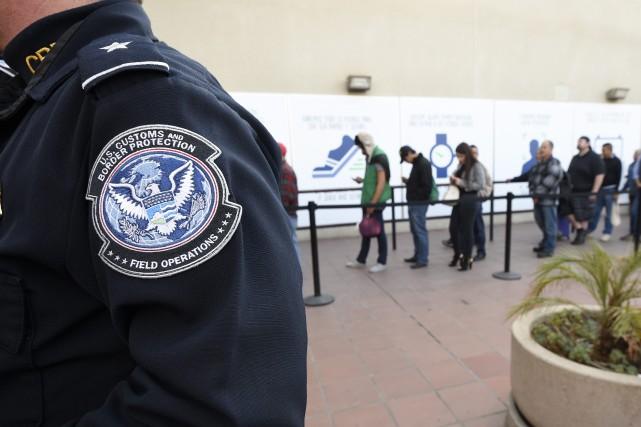 Les expulsions d'immigrés clandestins se sont ralenties aux États-Unis au cours... (Photo Denis Poroy, archives Associated Press)