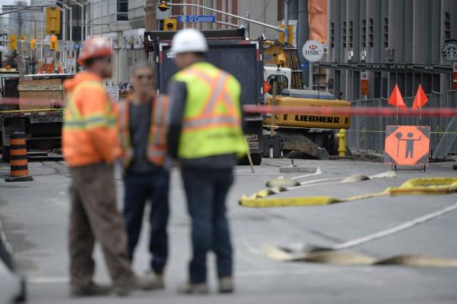 Une fuite de gaz majeure a forcé l'évacuation de plusieurs immeubles du... (Photo Adrian Wyld, PC)