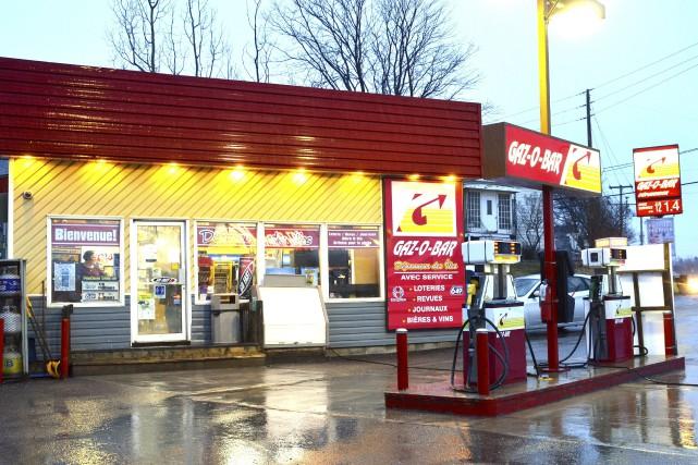 Les dépanneurs de sept stations-service Gaz-O-Bar, dont celui... (Collaboration spéciale Johanne Fournier)
