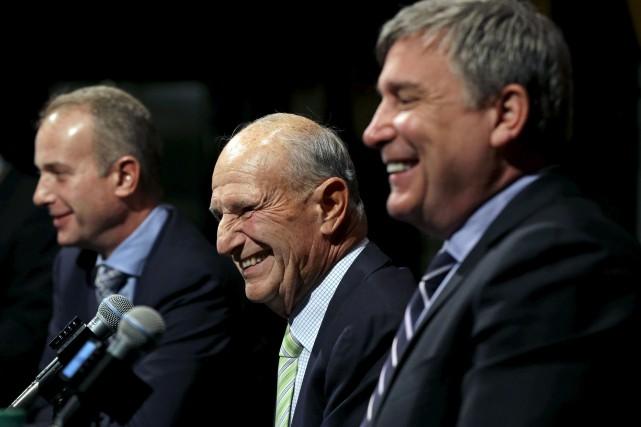 Le propriétaire des Bruins de Boston, Jeremy Jacobs... (AP, Elise Amendola)
